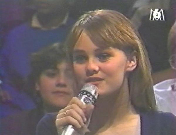 VANESSA A LA TV 1987