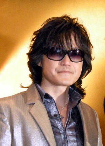 Biographie de Toshi.