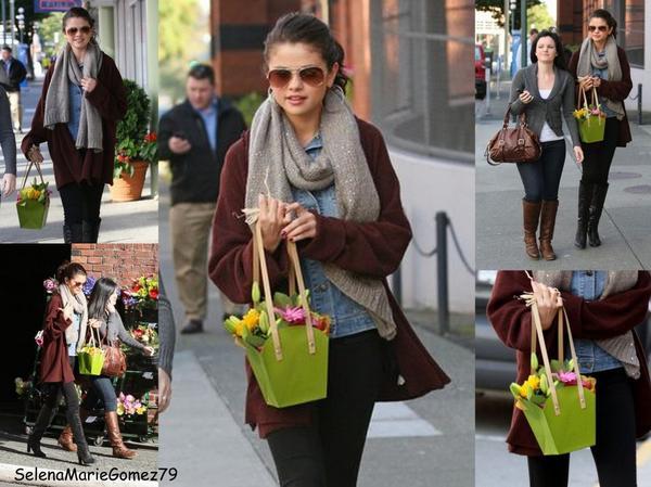Selena a été vue hier achetant quelques fleurs au Canada (Victoria)