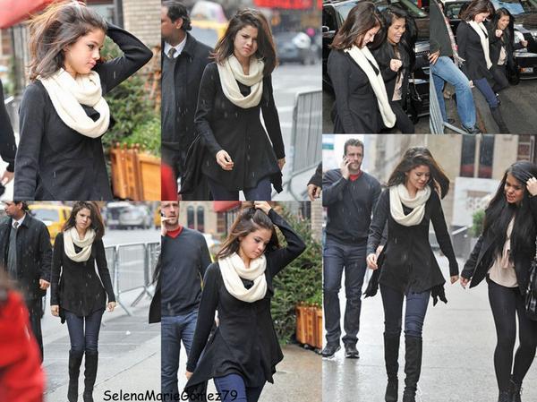 Le 31 décembre Selena a été vue allant dîner au Trattoria Dell'Arte en famille, mais aussi en compagnie de Justin Bieber.