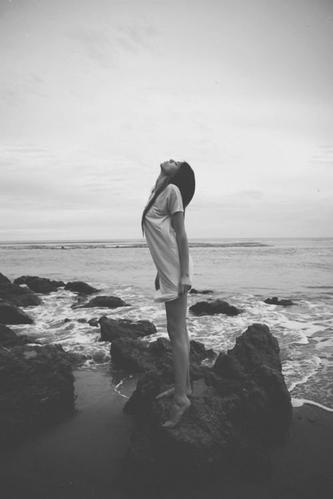 Aimer, c'est mourir en soi pour revivre en autrui.
