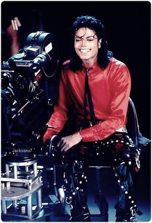 • Michael Jackson ~ • Liberian Girl • ~ Album BAD ; 1987 •