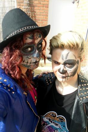 Make Up Skull and Skelleton <3