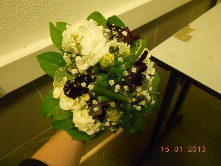 Bouquet de demoiselle d'honneur montage floratapé  ;)