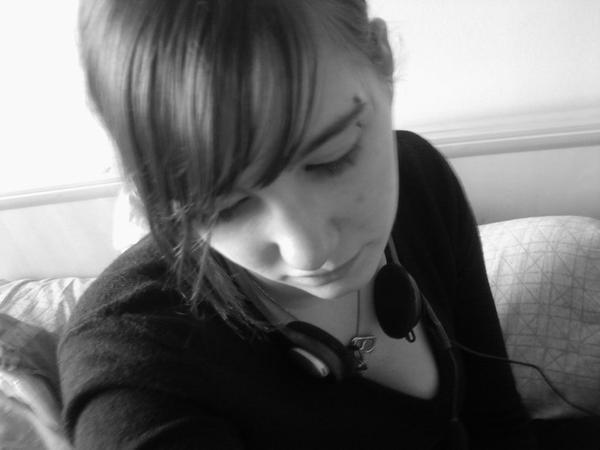 La vie c'est comme le piano, il y a du noir et du blanc, mais il faut jouer des deux pour faire une belle mélodie.