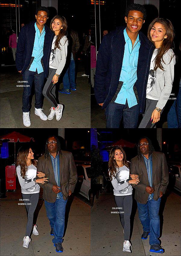 . 13/04/2013 : Zendaya,son papa et Trevor allant diner au BOA Steakhouse. .