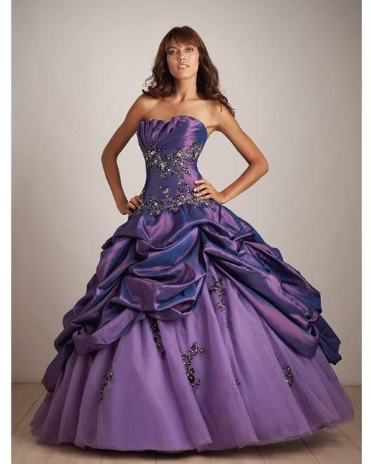 Je veux autant les robes que les filles *_*
