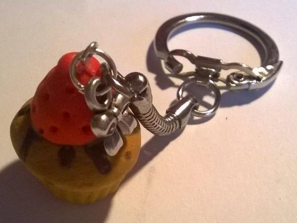 Porte-clé muffin fraise chocolat