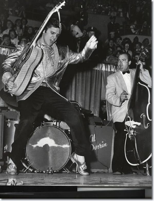 Elvis Presley Buffalo, État de New York. Memorial Coliseum Avril 1, 1957
