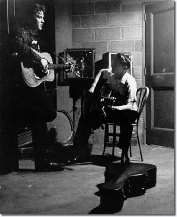 Elvis, Scotty, Bill et DJ deux concerts au Fieldhouse UD à Dayton 27 mai 1956
