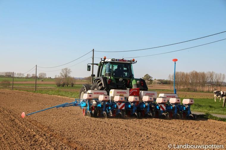 Mais zaaien 2015 met Agri Service