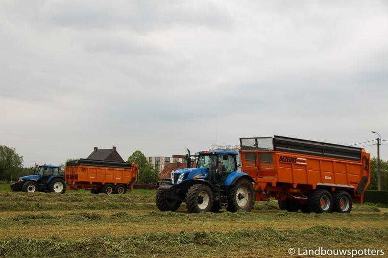 Gras hakselen 2015 met Claas Jaguar 950 Dynamic Power