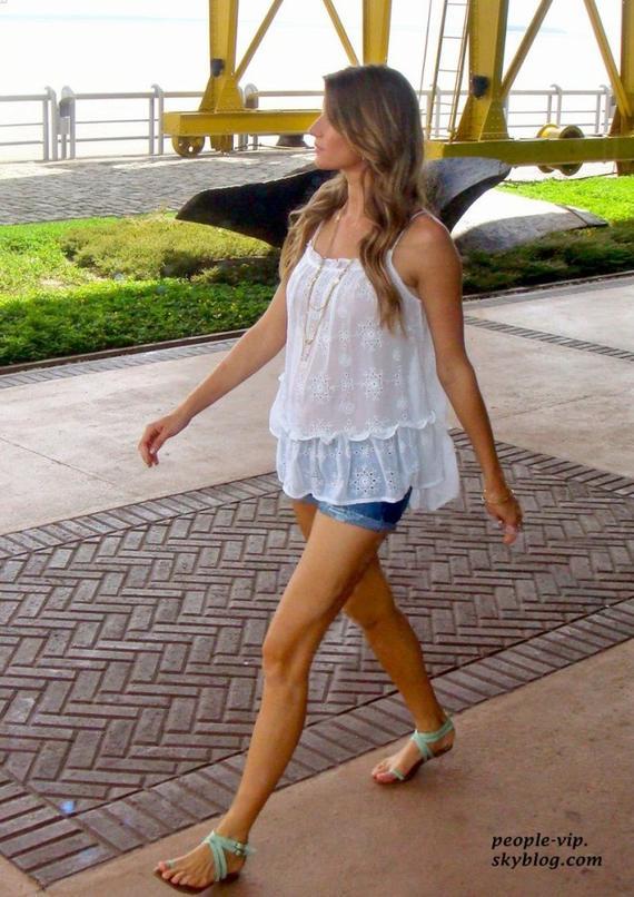 Gisele Bundchen dans les coulises d'un photoshoot à Belem, au Brezil. Mercredi, 20 juin