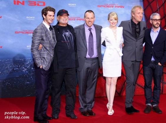 """Emma Stone et Andrew Garfield à la première de leur film """"Spider Man"""" à Berlin, en Allemagne. Mercredi, 20 juin"""