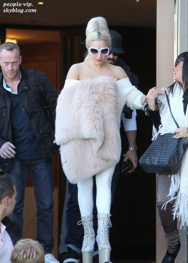 Lady Gaga dans les rues de Sydney, en Australie. Lundi, 25 juin