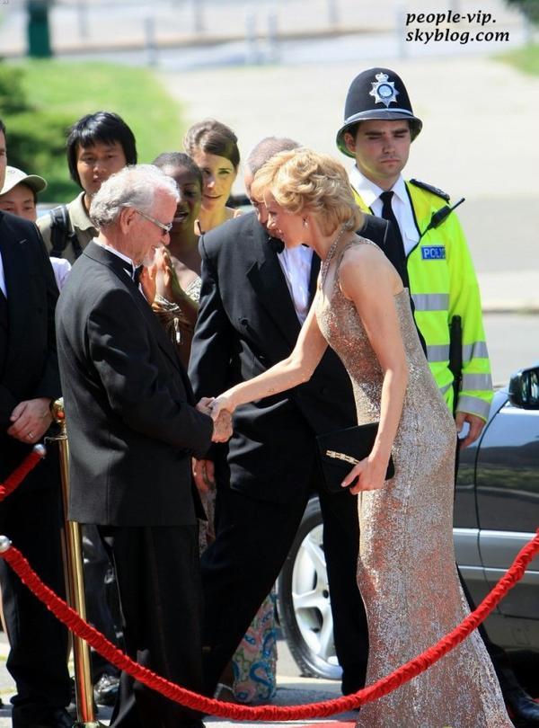 """Naomi Watts sur le tournage de son prochain film """"Caught in Flight"""", où elle interprète le rôle de la princesse Diana, en Croatie. Lundi, 02 juillet"""