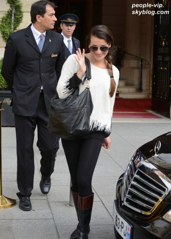 Lea Michele et Cory Monteith quittant leur hôtel de Paris. Mardi, 03 juillet