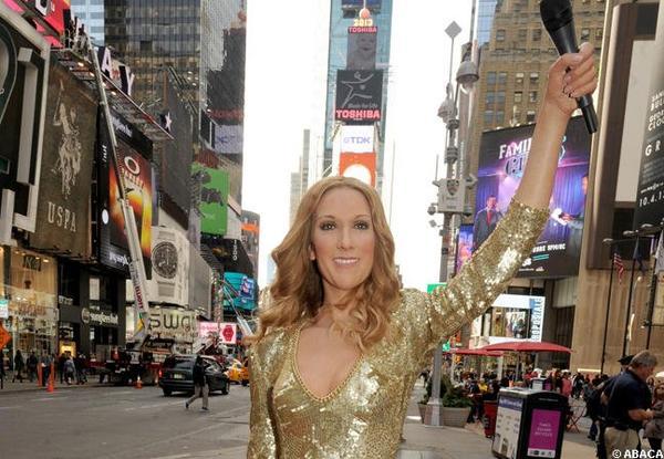 Céline Dion, cire radieuse à Times Square