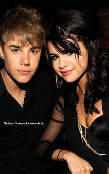 Selena Gomez : sous le choc de la rumeur du bébé caché de Justin !