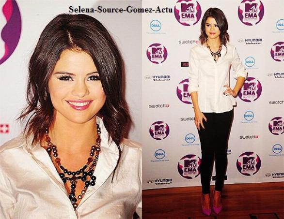 Selena Gomez MTV Europe Music Awards 2011 : Press Conference