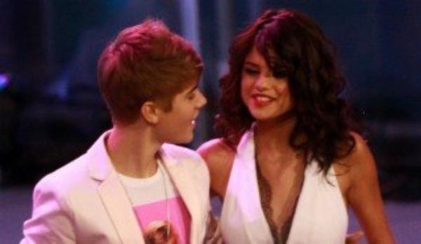 Justin Bieber et Selena Gomez  est le Troisième couple le plus riche !