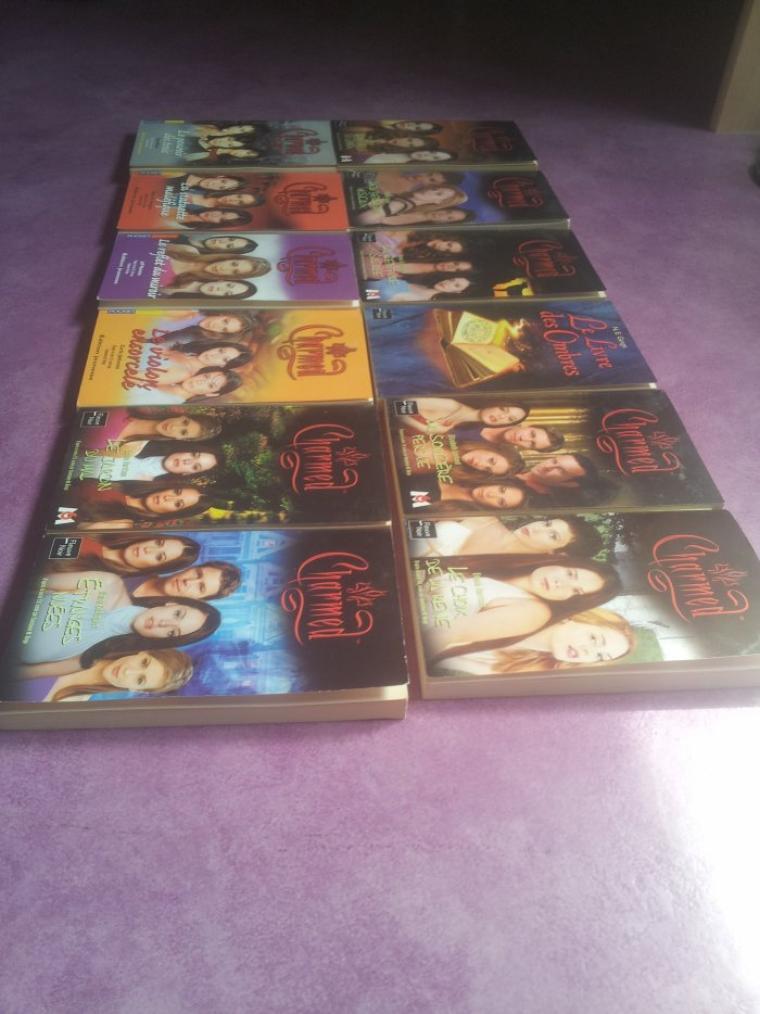 Lot de 12 roman de la série Charmed