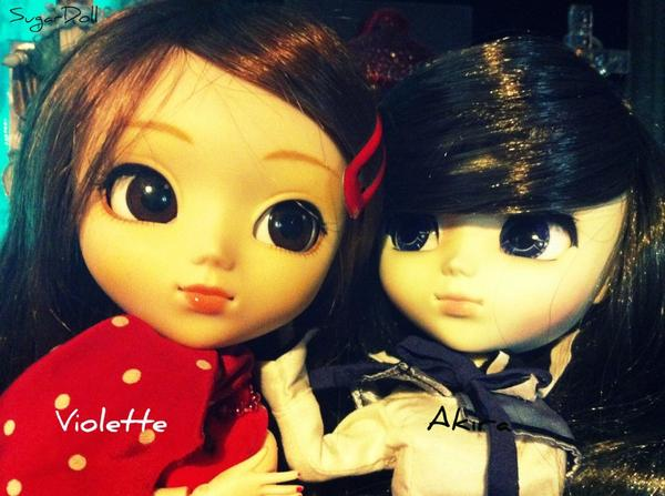 Violette & Akira.
