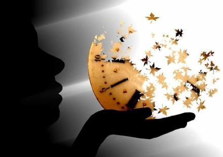 On dit qu'il faut profiter de l'instant présent, vivre aujourd'hui sans penser à demain. Ba tu sais quoi ? Moi je n'y arrive pas