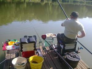 une pêche a la graine a l'etang de meudon