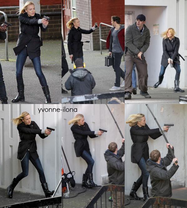 """Le 28 janvier 2014, Yvonne a été vu en faisant le film """"24 heures chrono"""" Perso: superbe, même quand si ce n'est pas son tenues. Elle a été vu aussi en faisant pause avec une femme dans le film.."""