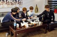Drama : Coréen Shut Up, Flower Boy Band! 16 épisodes[Romance, Comédie et Musique]
