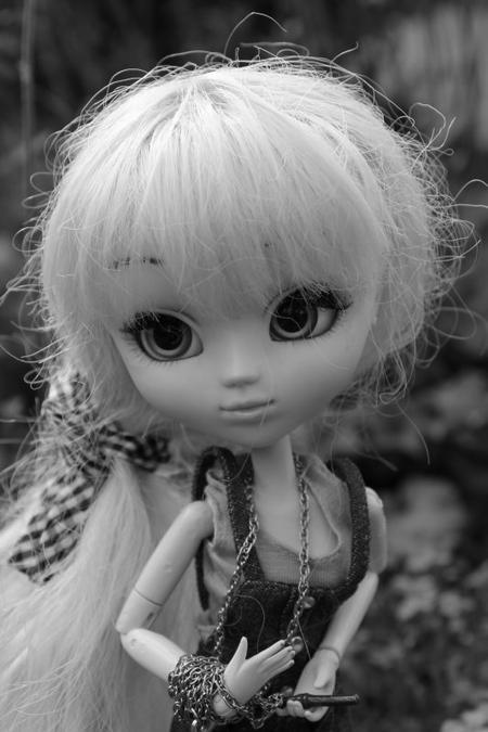 LOuna noir et blanc