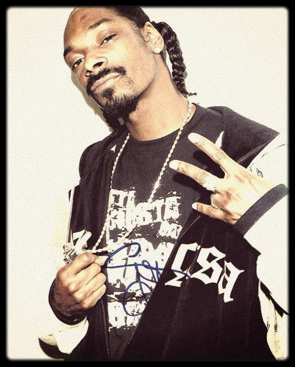•                                             Snoop Doogy Dogg A.k.a. Snoop Dogg A.k.a. Snoop Lion                                                                                                              •