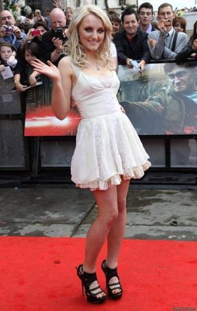 Qui porte le mieux la robe blanche ?