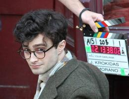 "Daniel Radcliffe sur le tournage de "" Kill your Darlings "" à New York."