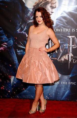 """Sondage : """"Quelle est la plus belle robe de Evanna Lynch ?"""""""