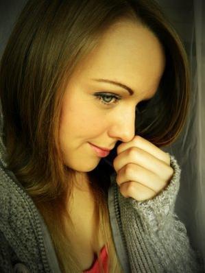Rêvé c'est revoir ton visage, te tenir la main à nouveau, et enfin sourire, mais ce n'est qu'un Rêve.