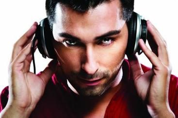 DJ   <3