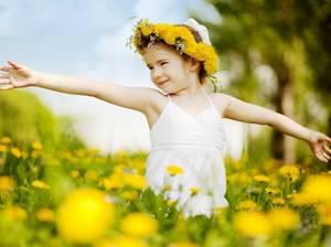 """""""Copilul are nevoie de exemplul concret al părinților""""  ‒  Pr.   Rafail Noica"""