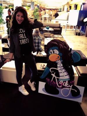 Bella et Zendaya pour Club Pingouin :