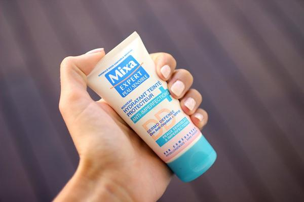 Conseil de beauté n°2 : L'hydratant teinté protecteur Mixa