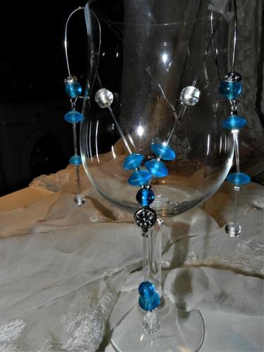BLEUE BRICOLE - Tinkering on trinkets.