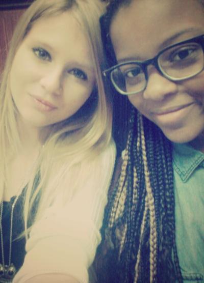 L'amitié est une chose que peux de gens connaissent , mais nous nous la connaissons suffisamment ! ♥