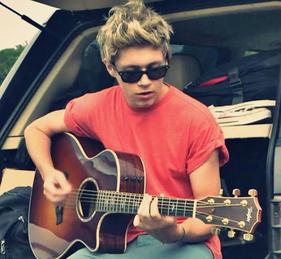 Niall Horan ♥_♥
