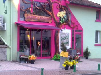 Exposition du 16 Juin à fin Juillet 2012 au : Jardin-Secret à Golbey près d'Épinal dans les Vosges