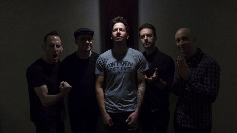 NOUVELLE PHOTO DE SIMPLE PLAN EN CALIFORNIE