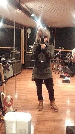 Images du Twitter de Miku ^^ + Image de Shou + Bonne année à tous !!!!!!!!!!!!!!!!!!!!!!!!! + Bonus.