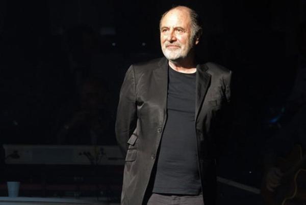 ♥ Hommage à Michel Delpech ♥  Un Grand Artiste a rejoint son Ami Demis Roussos ♥