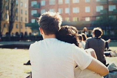 « Tu as été l'amour de ma vie, mais moi je ne suis qu'un chapitre de la tienne. » PS : I love you