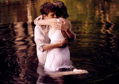 « Un jour j'ai croisé ton chemin. Maintenant je te suivrai jusqu'à la fin. »